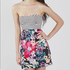 Roxy sun dress ☀️ 👗 Medium GUC